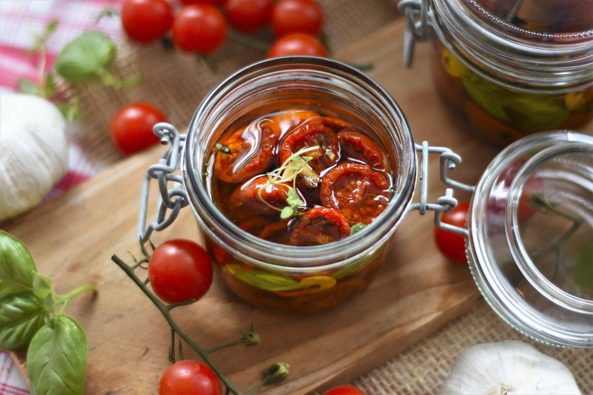13552 tomatoes 5325850 1920